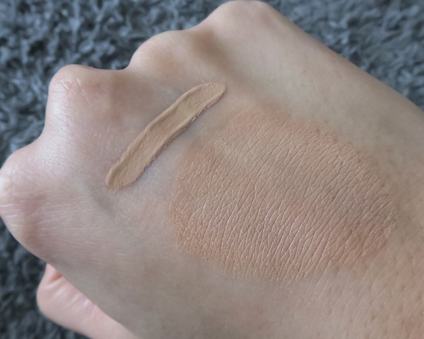 Swatches born this way corrector