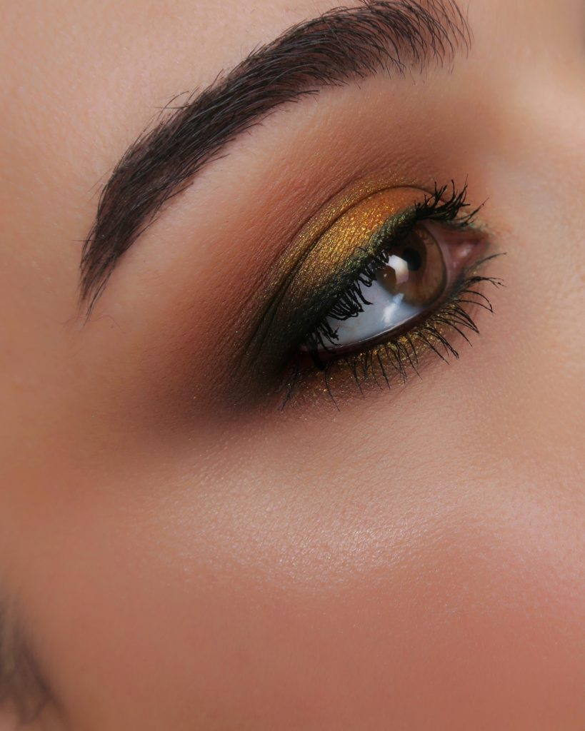 maquillaje gold palette